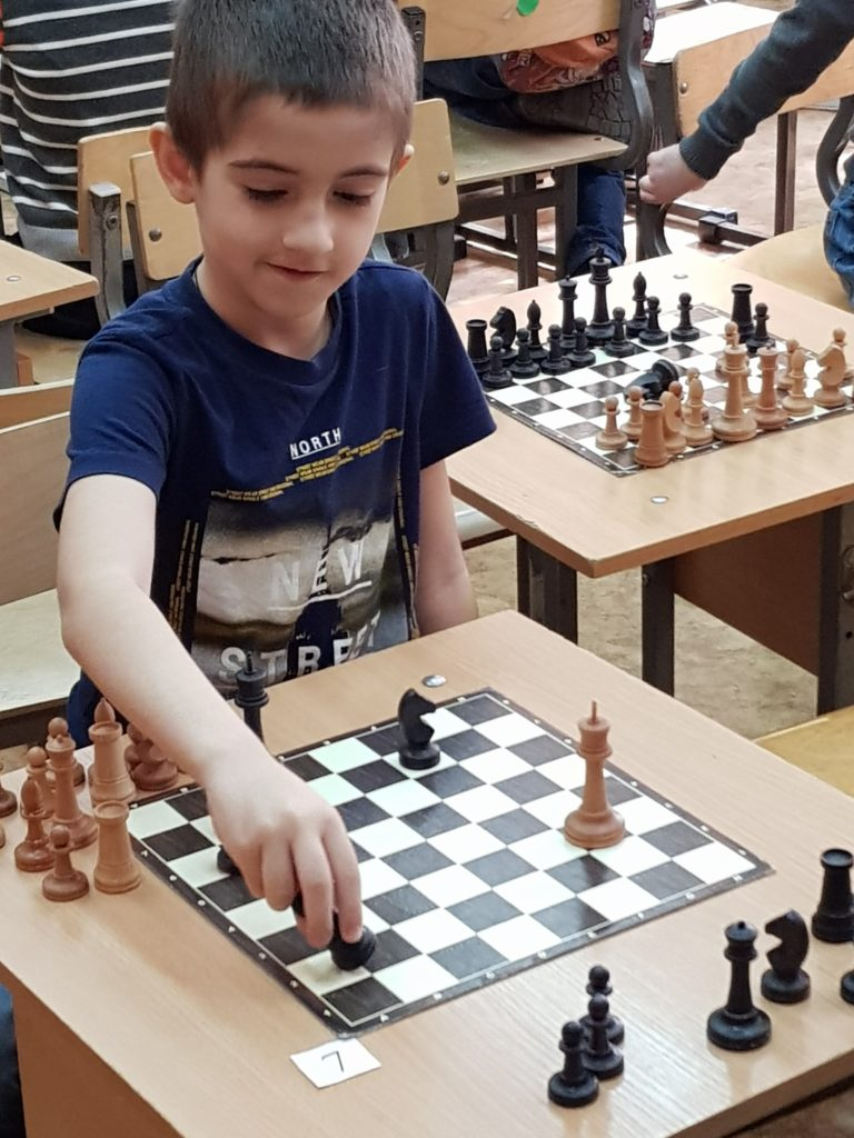 Шахматы железнодорожный район