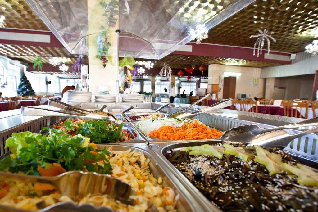Еда в санатории Знание