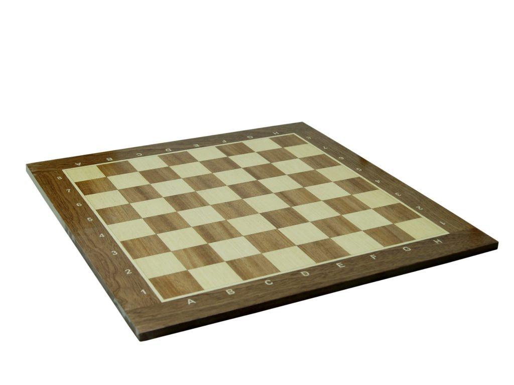 Доска шахматная дерево