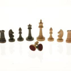 Шахматные фигуры деревянные