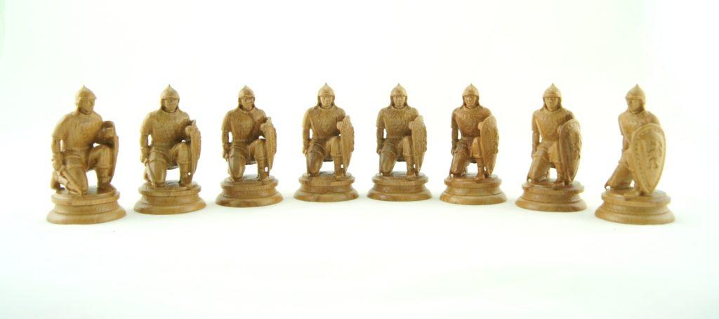 Дорогие шахматы из дерева